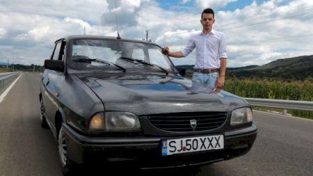 Genial la 21 de ani! Românul care a inventat Dacia care pornește prin SMS