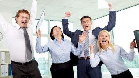 Bucurie maximă pentru angajații din România! Legea la care nici au visat va intra în vigoare