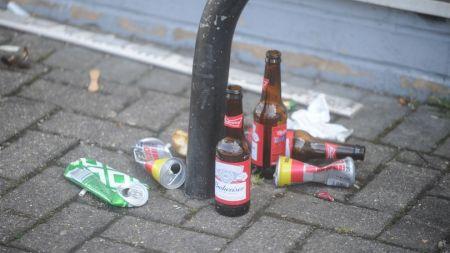 Orașul în care este interzis să bei alcool pe stradă! Ce amendă riscați