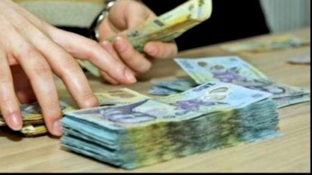 Românii care vor rămâne fără pensii. Se modifică legea. Un fost ministru trage semnalul de alarmă