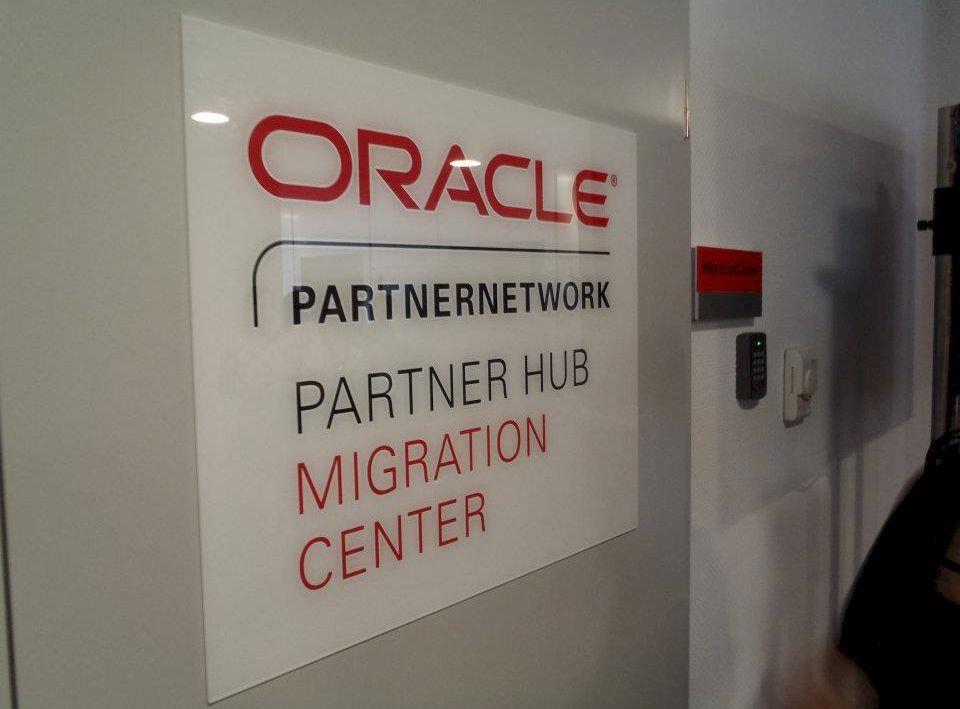 DNA a ajuns la Oracle România! Procurorii au descins și la șeful companiei