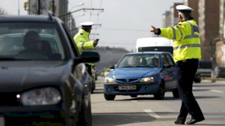 Ai lăsat o persoană care a consumat alcool să-ți conducă mașina? Iată ce riști din punct de vedere penal