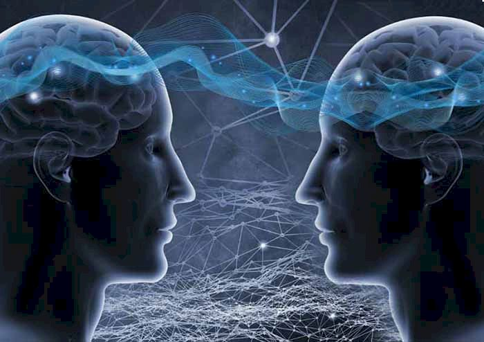 Arma ascunsă a telepatiei! Cum se transferă gândurile de la minte la minte