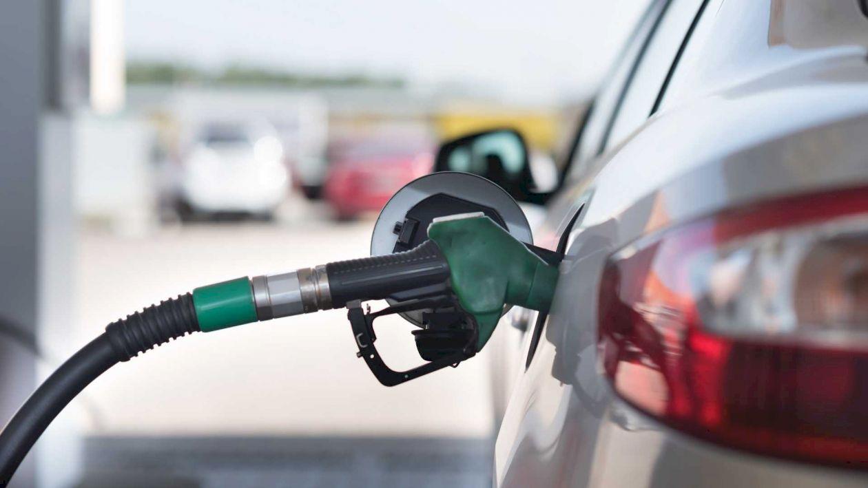 De aici puteți cumpăra cea mai ieftină benzină din țară! Veți economisi mulți bani