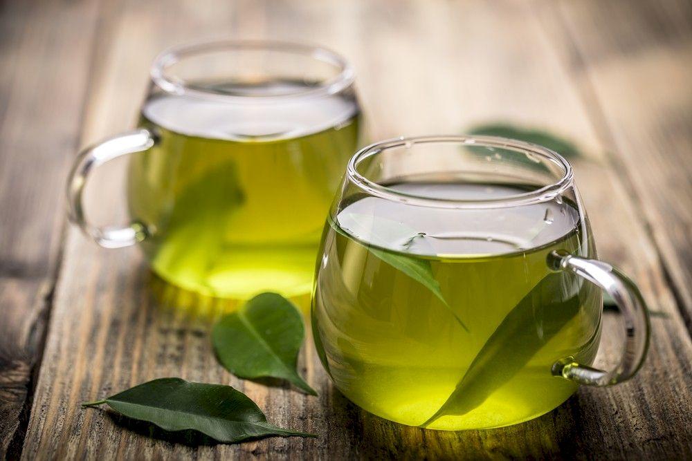 Ceaiul extrem de ieftin care te ajută să slăbești 15 kg. Se prepară din ingrediente pe care le ai deja în casă iar rezultatele sunt uluitoare