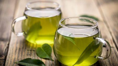 Ceaiul super sănătos care reduce mult pofta de mâncare! Se bea cu 30 de minute înainte de masă și favorizează slăbitul