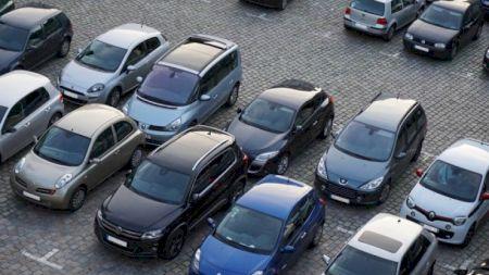 Anunț pentru cei cu mașini diesel! Ce se întâmplă cu prețul benzinei: Europa, pe jar din cauza coronavirusului