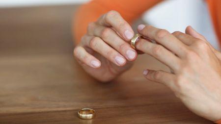 Divorțul anului! O cântăreață celebră i-a spus adio soțului după doar trei ani! Anunțul făcut de vedete