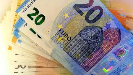 Vedeta care câștigă 68.000 de euro pe zi fără să facă nimic