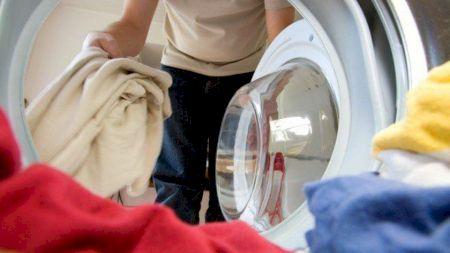 Mare atenție! Nu spăla hainele la 40 de grade: Vei avea mari probleme