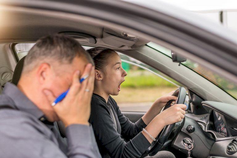 Se renunță la polițist! Cum se va da examenul auto de acum? Schimbare istorică