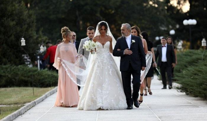 Fiul lui Liviu Dragnea s-a căsătorit. Imagini de la eveniment