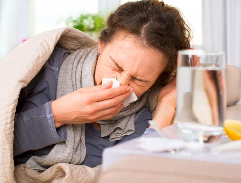 Semnul care arată cât de bolnav ești! Cât de grav este dacă ai mucusul verde? Medicii trag un semnal de alarmă