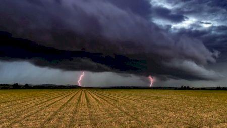 Șoc total: Ciclonul care a făcut ravagii în Europa ajunge și în România