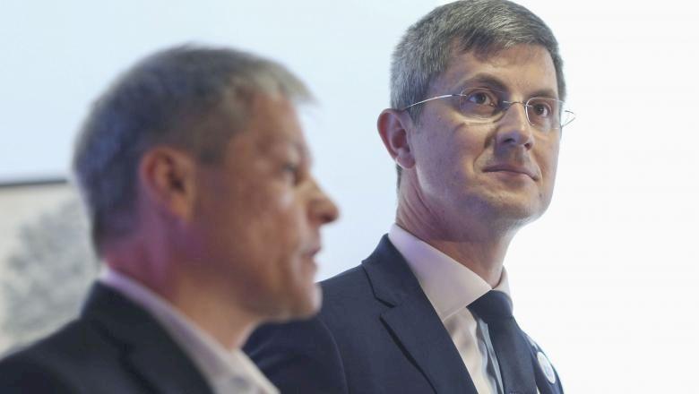Ultima oră: dispare USR? Ce se întâmplă cu PLUS? Ce roluri neștiute au Dan Barna și Dacian Cioloș