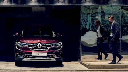 Renault lansează un nou SUV! Cât costă și ce avantaje are. Cum răspunde Ford