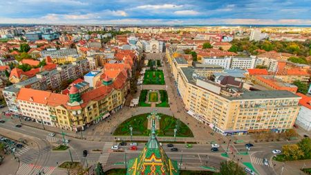 Orașul din România care a decis: Interzice manelele și grătarele!