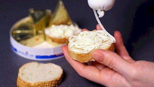 Toți cei care consumă brânză topită sunt avertizați! Ce s-a descoperit în aceste produse