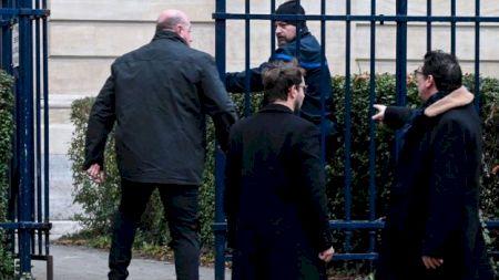 Un inculpat celebru a înghițit o pastilă cu otravă în sala de tribunal! Procurorii în delir