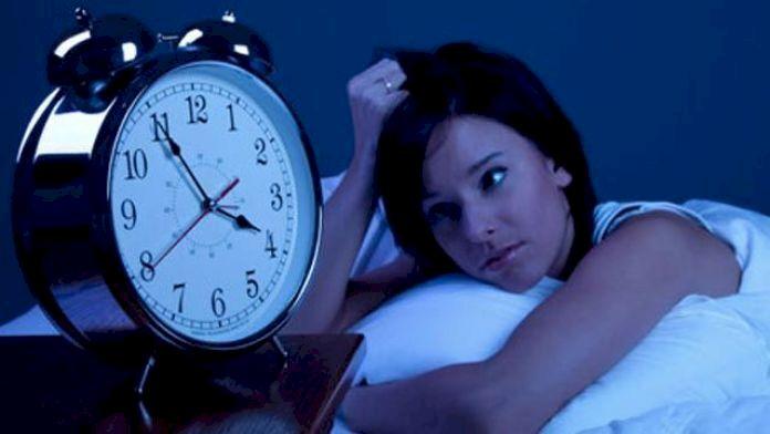 Dormi foarte puțin? Ce boli și tulburări grave poți avea dacă nu te odihnești