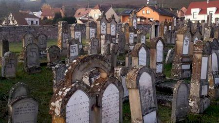 Franța socheaza Europa! Ce s-a intamplat cu zeci de morminte