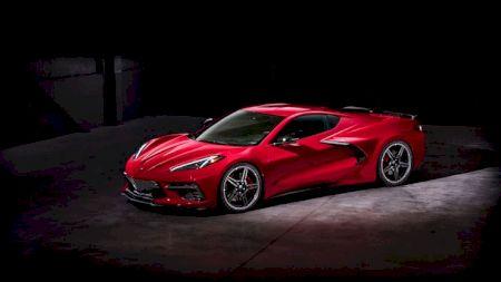 Prima mașină Chevrolet C8 Corvette Stringray se vinde pentru 2,7 milioane euro