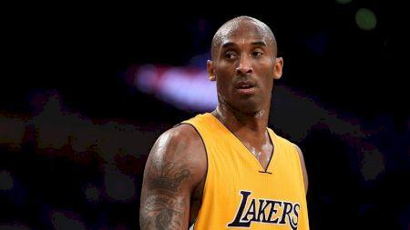 Kobe Bryant a murit la 41 de ani împreună cu încă cel puțin 4 persoane. Detalii înspăimântătoare