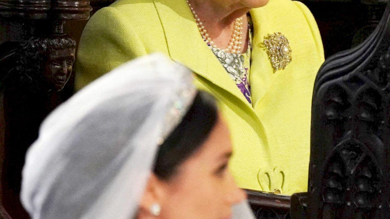 Scandal monstru la Casa Regală: Harry i-a luat apărarea lui Meghan Markle. Ce i-a interzis Regina să facă