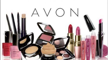 Top cele mai vândute produse Avon în România. Parfumul care conduce clasamentul