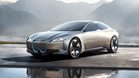 BMW își va închide fabrica de la München în această vară pentru a se pregăti pentru producția berlinei complet electrice i4 în 2021