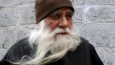 Am aflat secretul călugărilor de la muntele Athos! Ce fac de trăiesc așa de mult