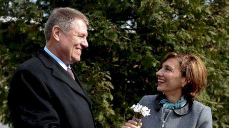 Adevărul despre Carmen Iohannis! Ce a făcut în copilărie Prima Doamnă