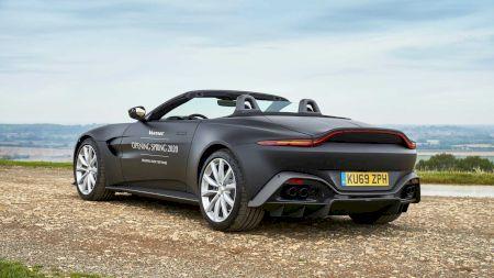Noul Aston Martin Vantage Roadster își face apariția!