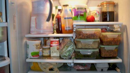 Ce fructe şi legume nu se strică dacă nu stau în frigider. Pot fi cumpărate în cantităţi mai mari