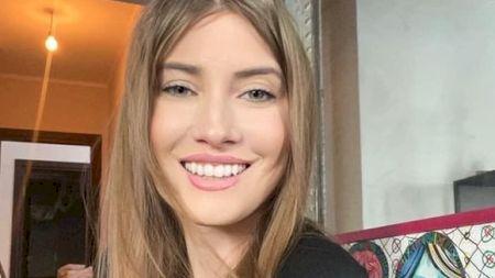 FOTO/ Neașteptat! Cum arată sora Iuliei Albu și ce job surprinzător are aceasta? Cele două surori seamănă foarte mult la chip, dar atât. Ce relație au ele