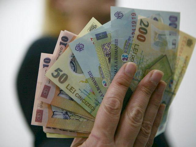 Se dă o nouă pensie! Deputații au fost de acord. Cine va primi 75% din salariu