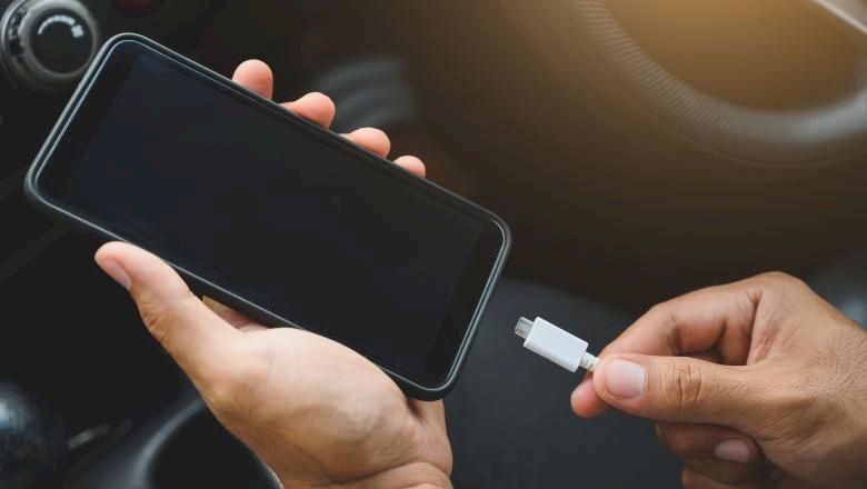 Este anunțul anului pentru toți cei care au telefoane mobile. Ce a decis să facă UE