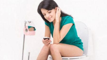 Nu mai face aceste lucruri în baie!  Poți avea probleme mari. Bacteriile vor fi peste tot
