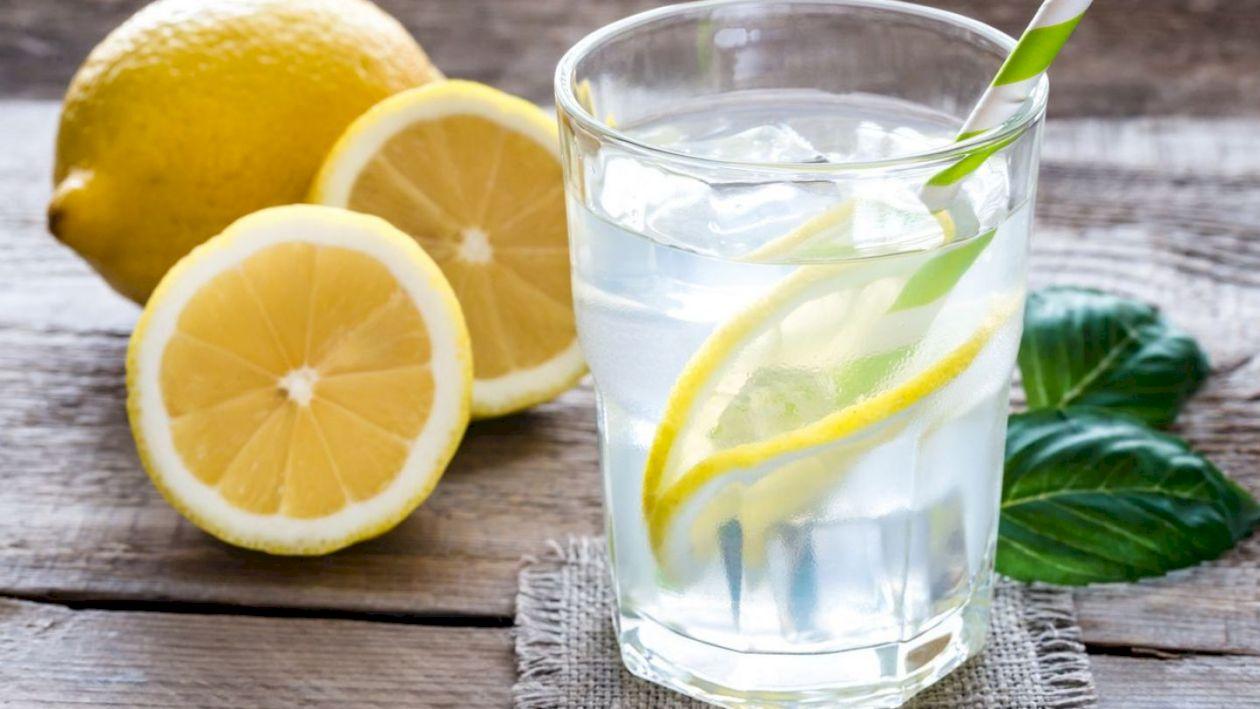 Vrei să îți detoxifici corpul acasă? Iată cele trei alimente esențiale în acest proces. Puțini știu despre efectul lor detoxifiant