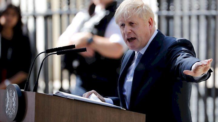 Inconștiență criminală! Guvernul britanic vrea să imbolnăvească tot globul de coronavirus! OMS ia atitudine