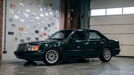 Mașina unicat! Mercedes cu motor de BMW. Cum arată și cât costă