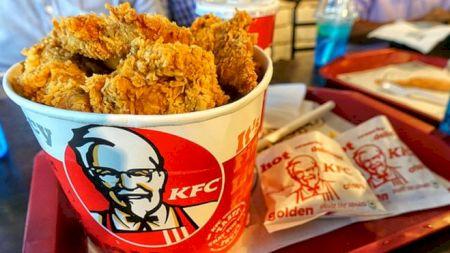 Incredibil! Secretul puiului de la KFC, descoperit! Reţeta specială, publicată pe internet