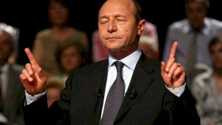 Ce note avea la școală elevul Traian Băsescu și cum se comporta cu colegii și profesorii! Dezvăliri neașteptate