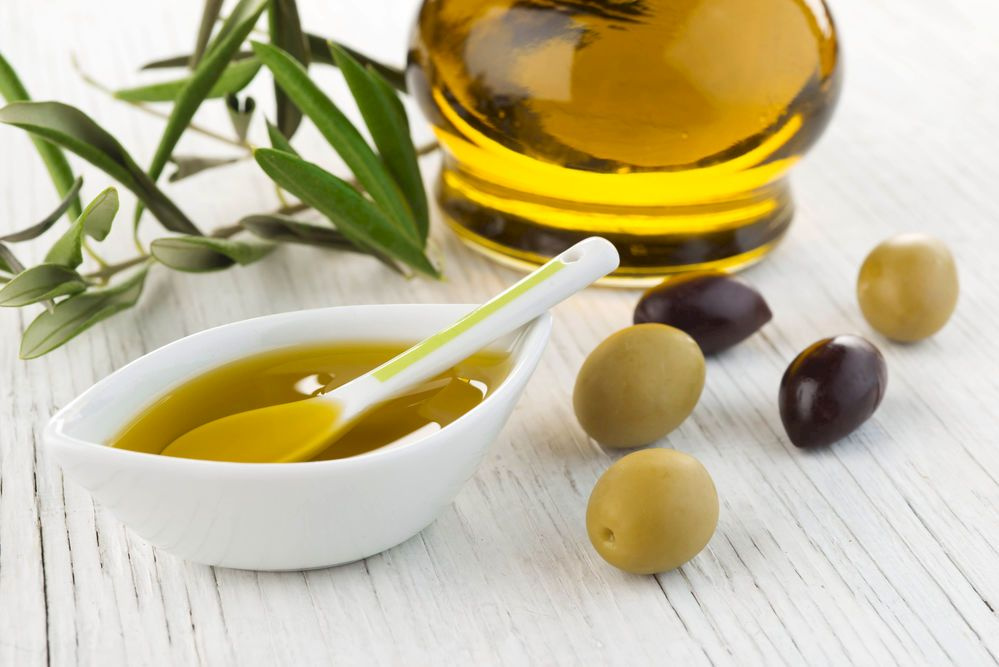 Fă gargara cu ulei de măsline în fiecare dimineață! Ce beneficii îți oferă și ce afecțiuni poate trata