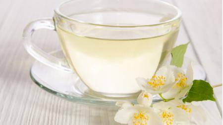Ceaiul minune care te ajută să slăbești! Ce conține de fapt. Nu se compară cu cel negru