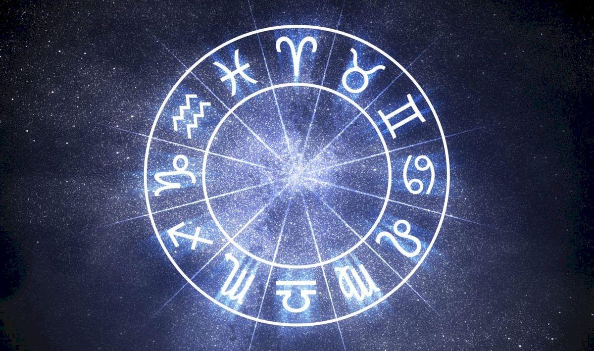 Horoscop: Cea mai indiferentă zodie. Nu vrea să fie legată de o singură persoană