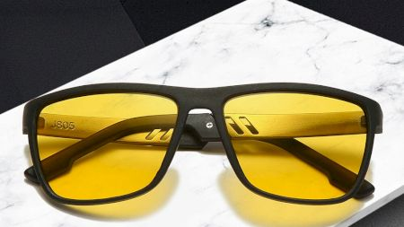 Ochelarii pentru vedere nocturnă există! Cum se folosesc și cât de eficienți sunt