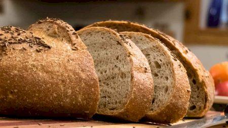 Adevărul despre pâinea din comerț! Am trăit în minciună. Un medic a spus totul. Ce ingrediente conține