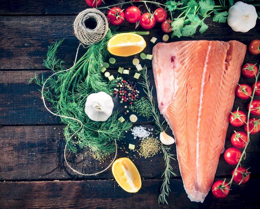 Nu mai combina peștele cu acest aliment! Poți avea probleme grave. Specialiștii avertizează