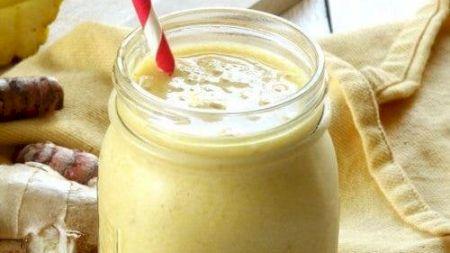 Smoothie-ul super delicios care trebuie consumat dimineața. Este rețeta secretă a vedetelor de top. Cum se prepară